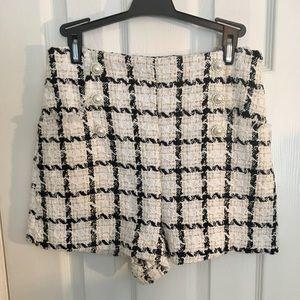 Winter Dress Shorts NWOT